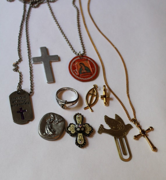 Lot of 10 Religious Jewelry