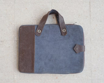 Canvas & Leather Ipad sleeve with removable handles