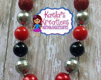 Minnie Mouse Necklace, Minnie Mouse Chunky Beads Necklace, Minnie Mouse Birthday, Red and Black Minnie Mouse Necklace.