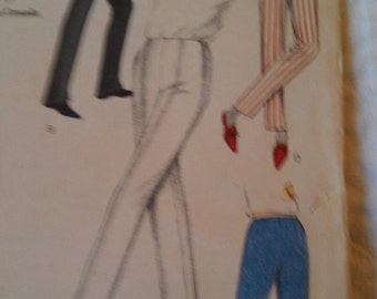 Vogue Pattern no. 6427 size waist 26 Hip 36