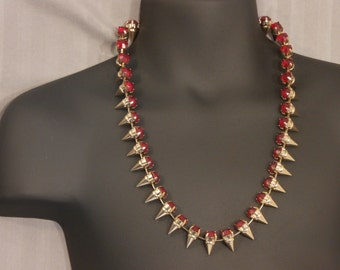 Necklace, spiked