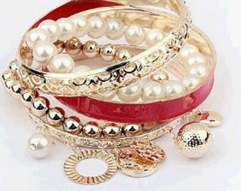 Set Of Beautiful Bangles - Red & Gold