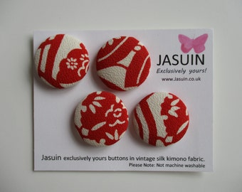 4 buttons made from vintage Japanese silk kimono fabric. Red and Cream. 29mm.