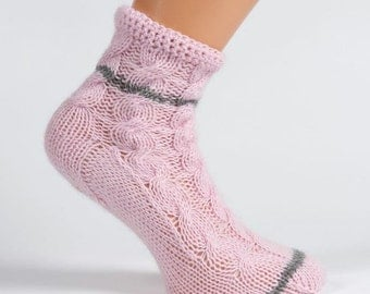 Ladies pale pink pure cashmere handmade bed socks by Willow Luxury - (to fit ladies shoe sizes UK 4-6,  US 6-8,  European 37-39)