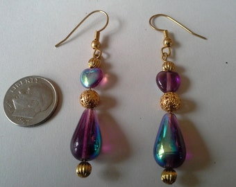 Glass heart bead earrings in purple and gold