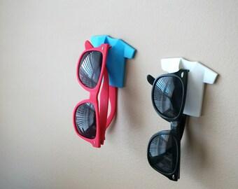 T-shirts Sunglasses Holder