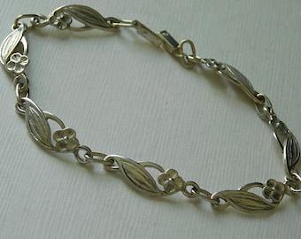 Vintage Sterling silver Flowers Bracelet