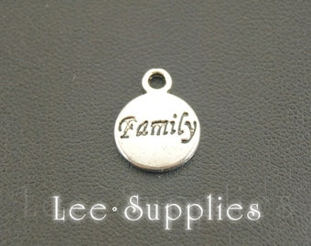 """50pcs Antique Silver Alloy Round Letter """"Family"""" Word Tag Charms Pendant A713"""