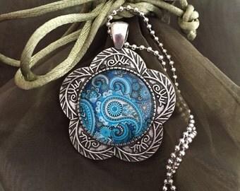 Mandala cabochon antique silver setting