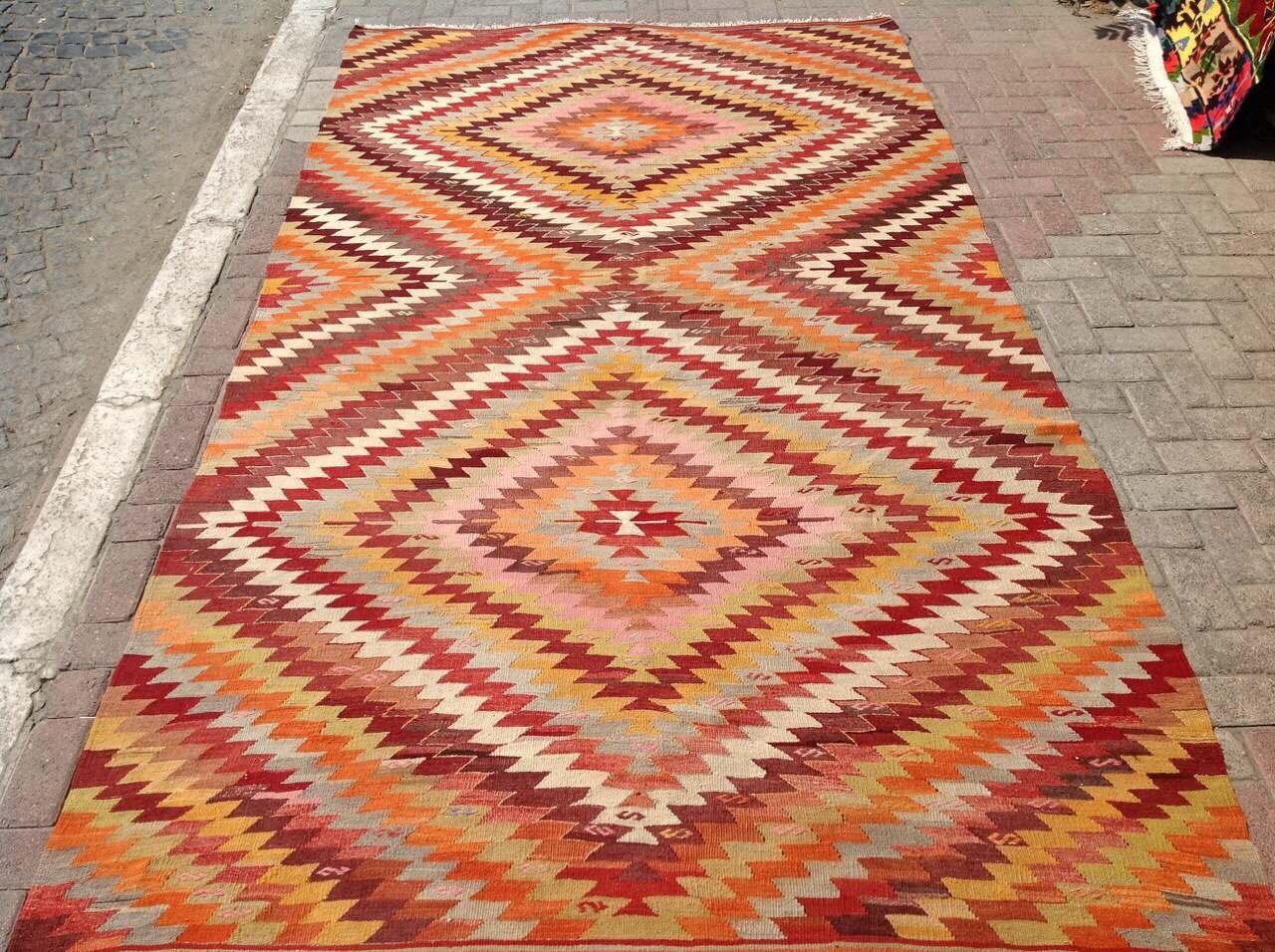 Zig Zag Pattern Area Rug Kilim Rug Vintage Turkish Rug