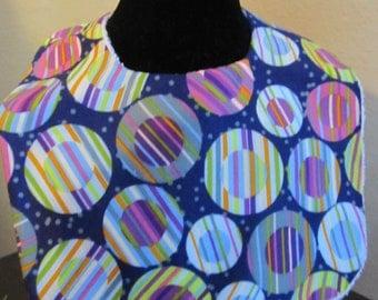 Circle Pattern Bib and Burp Cloth