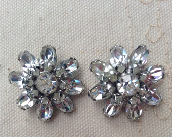 Weiss Earrings, Weiss Costume Jewelry, Albert Weiss Jewelry, Weiss Vintage Jewelry, Weiss Vintage Earrings, Weiss rhinestone earrings