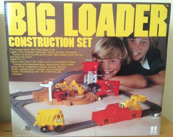 Big Loader Construction Set 1977 TOMY Collectible