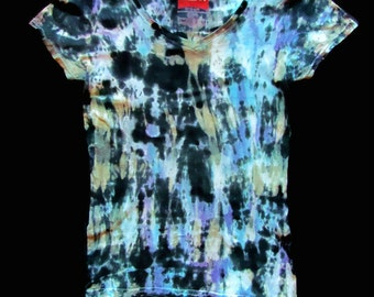 Black and Blue Rocker Girl Tie Dye T-Shirt, 100% Cotton, Capped Sleeve, V-Neck Women size Small, Cool punk rock look, reverse, forward dye