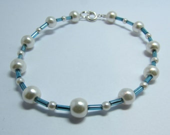 Faux Pearl and blue bar bracelet