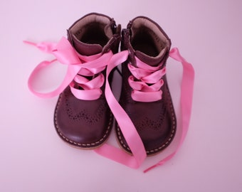 SALE! Chocolate brogue pattern boots with customised laces for children