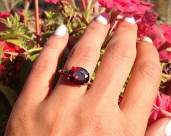 Garnet Ring - January Birthstone - Gold Ring - Promise Ring - Gemstone Ring - Red Ring - Bridal Ring - Coctail Ring
