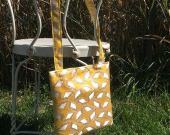 yellow metallic geometric purse