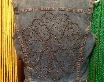 Vintage flower studied jean vest