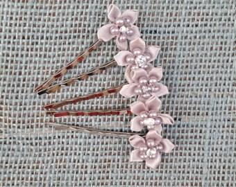 Gray Flower Hair Pins, Hair Accessories, Chic Hair Pins, Bobby Pins with Gray Flowers, Flower Girl, Wedding, Formal Accessories