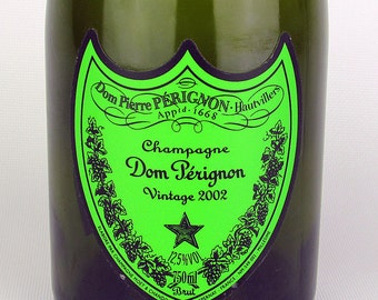 Dom Perignon - label lights up