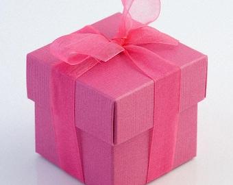 10 Hot Pink Favour Boxes - Square shaped favor boxes