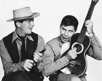 Jerry Lewis and Dean Martin Pardners 8x10 Photograph