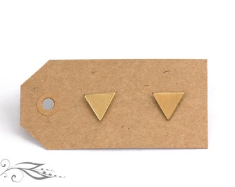 Minitriangle - brass earrings