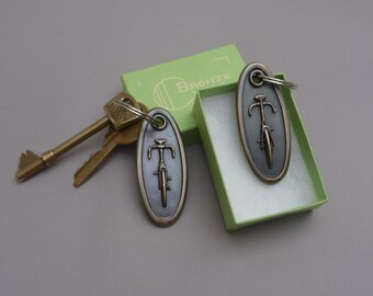 Solid bronze bicycle keyring (oval shape) gift for cyclist