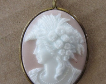 Cameo Vintage Hand Carved Shell Cameo Pendant Pink White 1880s