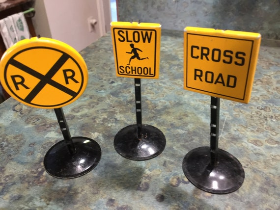 Toy Metal Railroad Crossing Cross Road and Slow School Signs