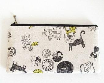 Flat  zipper pouch  - cat print (linen cotton)