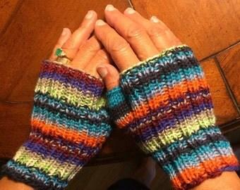Adult Fingerless MItten - KIT - Yarn and Free Pattern - Plymouth STELLA JACQ - beautiful color patterns