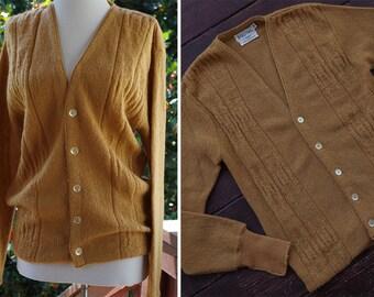 Mr. DRAPER 1950's 60's Vintage Men's Golden Brown Button Down Pure MOHAIR Wool Cardigan // ROOS Atkins // size Medium