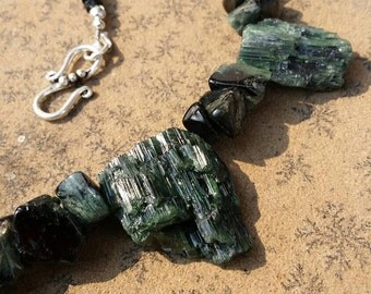 Terra Santa handmade green tourmaline raw crystal statement necklace