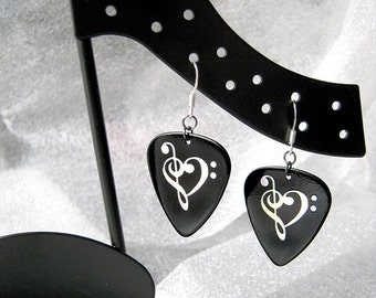 clef heart guitar pick earrings, black and silver