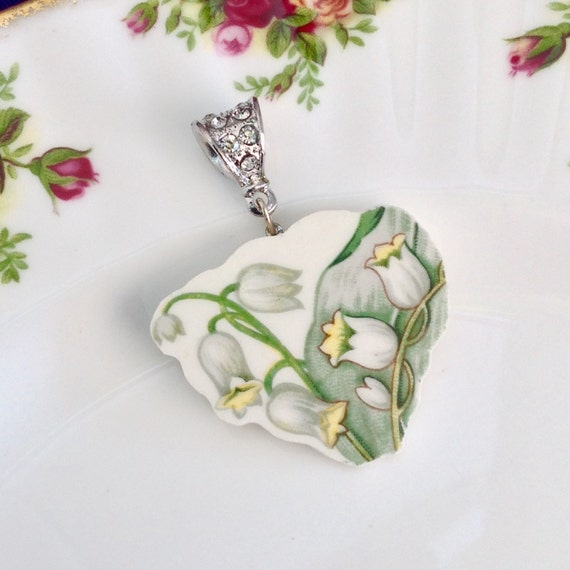 Lily of the Valley/Broken China Jewelry/Lily of the Valley Necklace Jewelry/Flower Necklace/Unique Necklace