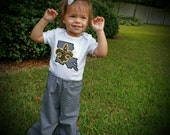 Black and Gold Ruffle Pant and appliqued tee shirt with Louisiana and fleur de lis