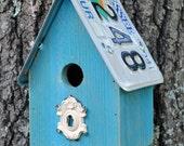 Hanging Birdhouse - Rustic Birdhouse - Primitive birdhouse - Recycled Birdhouse