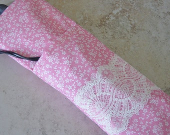 Curling Iron or Flat Iron Travel Case, Heat Tolerant Lined Travel Bag, Pink Fabric, Ivory Vintage Lace, Cottage Chic, Gift for Her