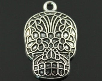 3x (20mm x 32mm) Silver Plated Day Of The Dead Skull Charms