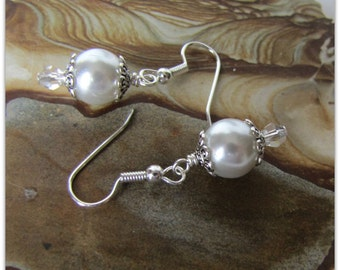 White Pearl Earrings, Celestial Pearls, Pearl Earrings, Dangle Earrings, Bridesmaid Earrings Beaded earrings, Surgical Wires Item #1144