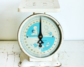 Vintage Nursery Scale - Baby Scale - Kitchen Scale - 30 lbs - metal top - blue white cream