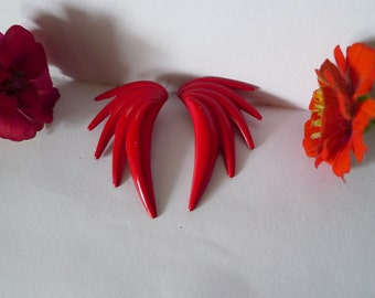 the raddest red earrings you can find 1982 costume vintage red enamel earring