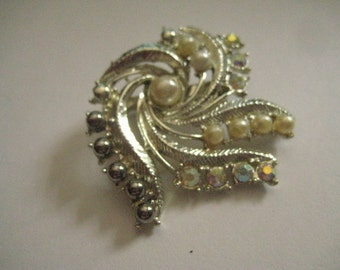 Swirly Silvertone Pin with Crystal AB Rhinestones and Faux Pearls Like New Condition