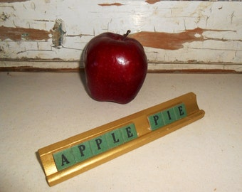 "Vintage ""Apple Pie"" Sign with Anagrams Letters"