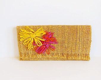 vintage purse / Vintage 60's Raffia Clutch 1960s Bag
