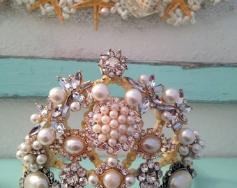 Antique style cream Tiara