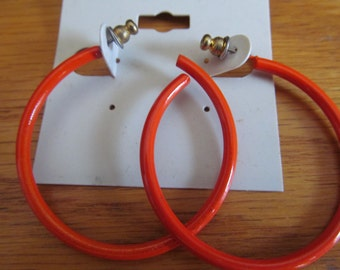 orange hoop post