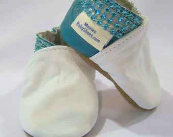 infant leather booties - Leather baby shoes white and aqua leather - Handmade leather baby shoes - crib shoes leather